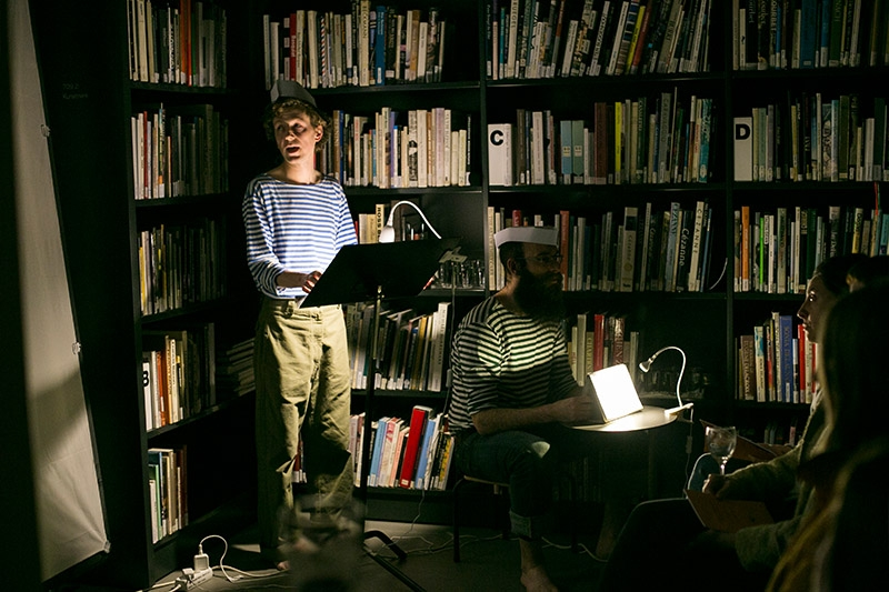 http://inthelibrary.net/files/gimgs/th-26_Turbida Lux 1_In The Library_Nayara Leite-04.jpg
